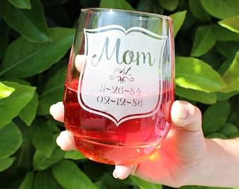 Gifts for Mom, Personalized Mothers Day Gift, Stemless wine glass, Mom Gift, Mom Wine Glass, Gift for Mom, Mothers Day, Mom Glass