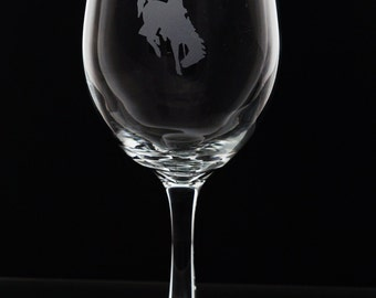 Wyoming Cowboys Wine Glass - Etched Wine Glass - Stemmed Wine - University of Wyoming Cowboys - Brought to you by Naptime