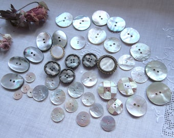 Vintage  Shell Buttons ,  Sewing Supplies , Craft  Buttons  - Lot.