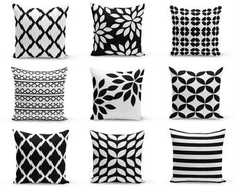 Outdoor Cushion, Black white Pillows, Outdoor Home Decor, Outdoor Throw Pillows, Outdoor Pillow