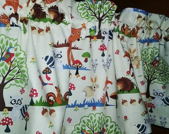 """Last ones Woodland creatures Baby Toddler Valance or Panel Cotton ANIMAL  Print 40"""" x 12"""" Lined or Unlined"""