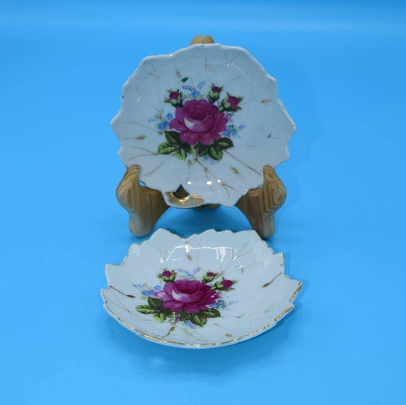 Japan Rose Snack Plates set of 2 Vintage Leaf Shaped Bon Bon Plates Pair of Floral Snack Dishes Pink Small Plates Gift for Her Mothers Day