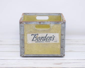 Resin Milk Crate Bordens Dairy Metal Milk Crate 9/1967 Marshall Texas Crate Box