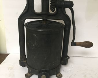 Vintage Simmons Howe Sausage Lard Press Cast Iron 6 Quart