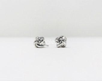 Small Silver earrings, silver earrings, simple and minimal earrings for wedding, bride earrings, everyday earrings, flower earrings, elegant