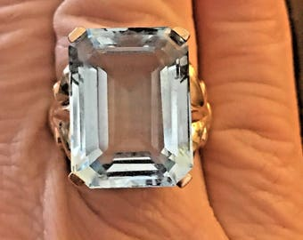 Vintage 30ct AQUAMARINE 10k GOLD Estate RING