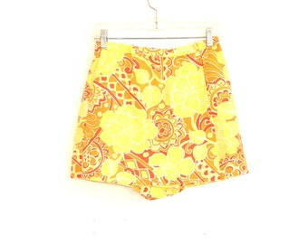 60s Ladies Shorts - Vintage Skorts - 1960s Abstract Floral High Waist Skort Shorts - Women's 60s Short Shorts