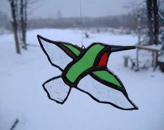 flying hummingbird, stained glass suncatcher