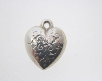Silver heart charm filigree design petite 0.6 grams 13 mm