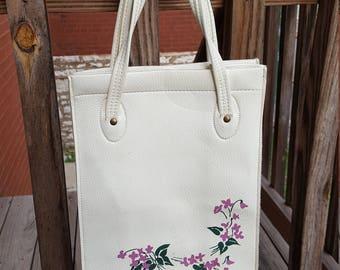 Vintage White Embossed Hand Bag Purse Floral Purse
