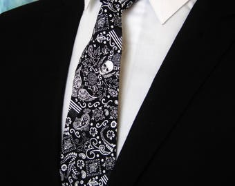 Skull Tie for Men – Mens Black Skull Necktie also Available as a Skinny Tie.