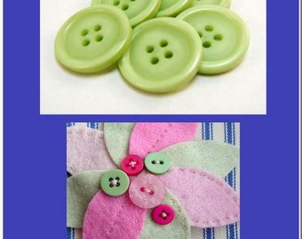 Buttons - 10 Buttons Scrapbooking and Sewing Supplies, Green Buttons, Sewing Buttons, G3-1010