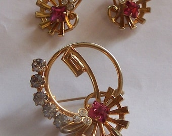 Vintage Pink and Clear Rhinestone Pin and Earring Set