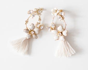 Statement Earrings, Statement Jewelry, Bridal Earrings, bridal wedding jewelry, Crystal Tassel Earrings, Floral Earrings - Style 720