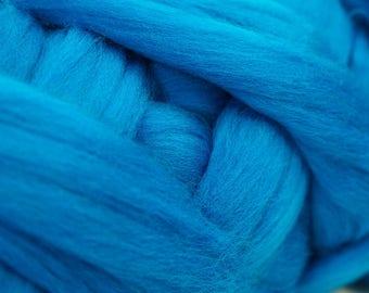 100g Blue Color Extra Fine 19 micron Merino Wool Tops Sliver Roving, Felting Supplies, Wet Felting, Nuno Felting, Spinning