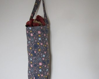 This bag for bags has been handmade in Cornwall using stylish needlecord fabric, a fantastic accessory to store your recycled shopping bags.