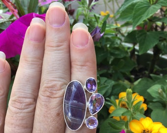Fluorite and amethyst ring