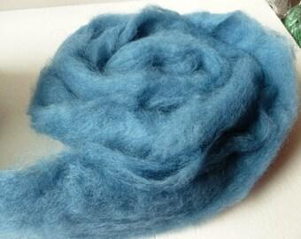 China Blue Romney and Merino Blend Wool Roving
