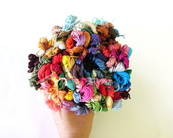 100 Skeins Pack  of Embroidery Floss - Craft thread - Cotton Thread - 100 Random Colors