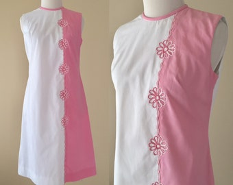 Vintage 60's Dress, 1960's Cotton Mod Shift Dress, Sleeveless Pink, White Summer Flower Power Shift Dress, Teena Paige, Small
