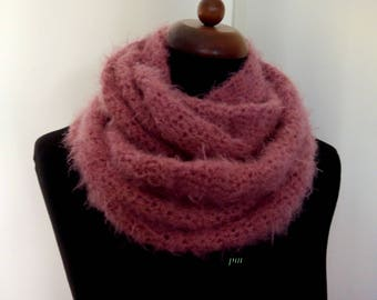 Handmade crochet scarf, infinity scarfs ,warm neck wrap, winter warm neck wrap, crochet, pink scarf, scarf and neck wrap, scarves, #etsy