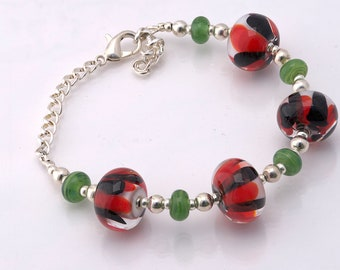 Everyday Bracelet, Floral Bead, Flower Bracelet, Floral Bracelet, Simple Bracelet, Mother's Day Gift, Sister Gift, Red Gift For Her, Jewelry
