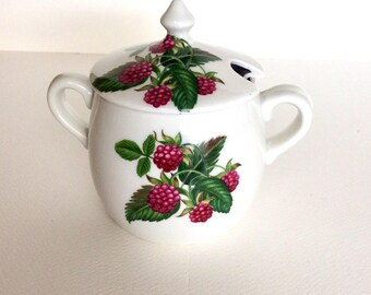 Old jam pot. Marmalade jar. Vintage marmalade jar. Porcelaine de Paris. Confiture pot. Old jam jar. Les Fruits Sauvages. Wild fruit.