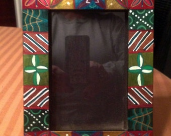 "Hand Painted Bohemian  Wood Decorative Metalic  Picture Frame 5""W7""Hx1""D Pic. 4""x6""  F0058"