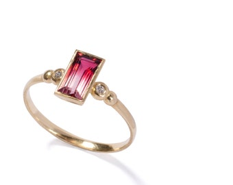 Tourmaline ring, Diamond ring, Engagment ring, Genatone ring, solitaire ring , Uniqe gold ring, Unique engagment ring, Turmaline gold ring