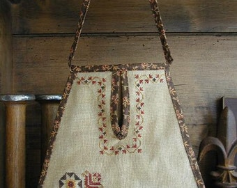 Primitive Cross Stitch Pouch Pattern - Noblewoman's Pouch