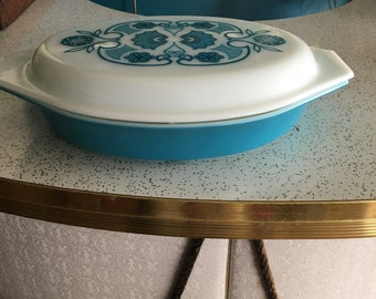 Horizon Blue Pyrex divided cassarole dish