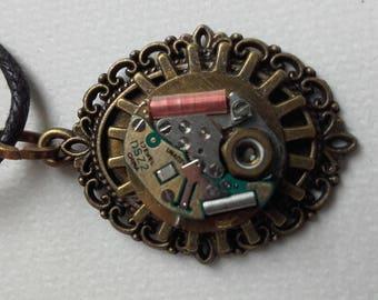 Mid-length bronze necklace fantasy