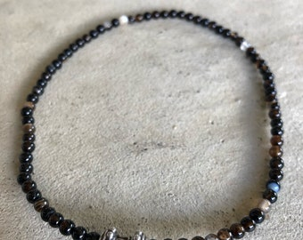 Jasper bead Choker with a Silver bead from Bali.