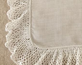 Beautiful Vintage White Linen Hanky~Hankie~Handkerchief