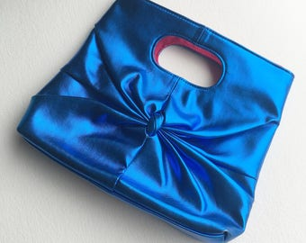 1980s purse, 80s purse,80s clothing, blue purse, blue accessories, 1980s, 1990, metallic leather new wave vintage clutch top handle bag