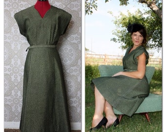 Vintage 1950's Green and Black Waffle Texture Dress L/XL