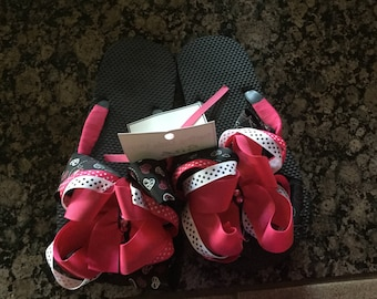 Ribbon wrapped layered bow flip flops size 2-3 with crystals