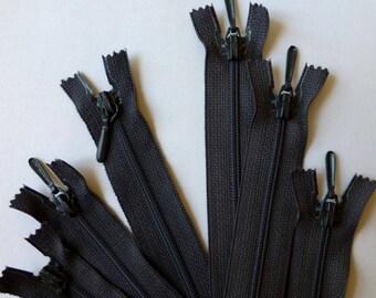 Zip - zipper 20 cm - grey, charcoal grey