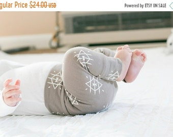 ON SALE Smoke Leggings, Pants, Leggings For Babies, Newborn, Baby Boy, Baby Pants, Joggers, Leggings, Boys
