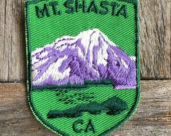 LAST ONE! Mount Shasta California Vintage Travel Souvenir Patch by Voyager - New in Original Package