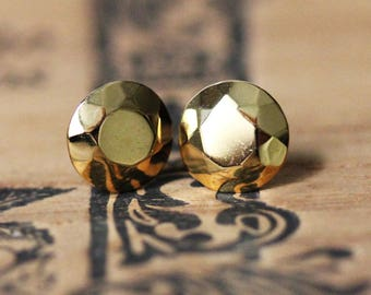 Yellow gold stud earrings, tiny gold studs, gold plated stud earrings, Faceted metal, gold diamond like stud, Modern Rock Brilliant Studs