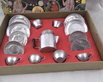 1920s Mirro 15-Piece Aluminum Coffee Playset in Original Box