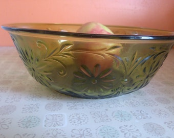 Vintage FTD Green Serving Bowl 1979 Collectible Glass Bowl Country Sandwich Pattern Vintage Kitchen Decor