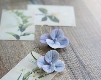 Dangle flower earrings - purple flower earrings - hydrangea earrings - hydrangea jewelry - flower earrings - garden wedding - botanical