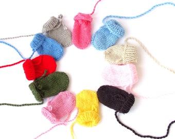 Thumbless baby mittens Knit mittens newborn baby infant mittens 0-12 months  scratch mittens soft baby mitts on string wool mittens newborn