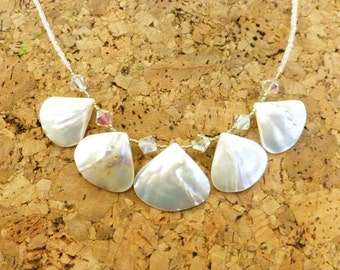 Mother of Pearl Necklace/%50 off