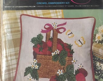 Creative NeedledCraft by AVON Strawberry Basket Pillow Kit Crewel Embroidery Vintage