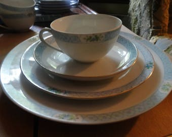 Meito China, Hand Painted Meito of Japan,  Set of 12  Pieces