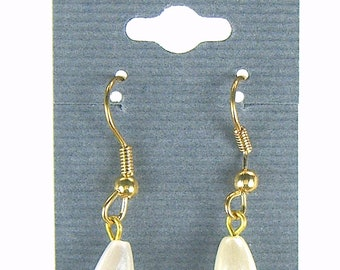 Faux Pearl Drops Gold Plated Earrings Ear Wires Minimal Ladies Fashion Jewelry 8373