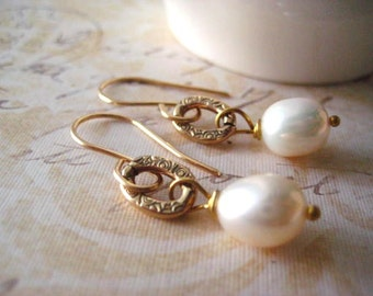 White Pearl Earrings, Pure Brass, Printed Detail, Genuine Pearls, AAA Pearls, Solid Brass, Oval Links, Patterned Texture, Antiqued Link